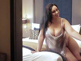 Anastasia Lux laical cumshot