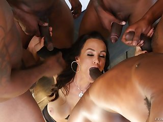Lisa Ann gets gang banged by big dusky cocks together with eats their cum