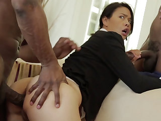 Thai MILF with a tight body interrupted in an interracial MMF
