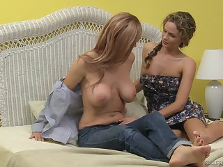 Mature blonde lesbians Prinzzess and Totally Tabitha lick eternally other