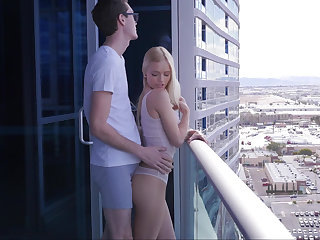 Reduce to penury a blonde on a balcony