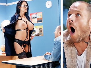 Sexy tutor hardcore fucks schoolboy on tap school