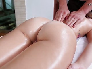 Nice newborn Kharlie Stone takes a bath with the addition of gets her pussy massaged