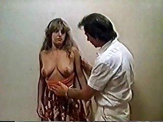 Moana Pozzi - Valentina, ragazza in calore (1981)