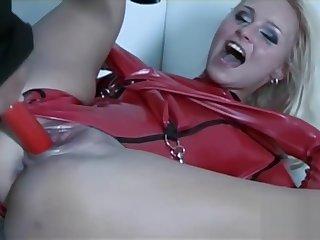 Hot Nikki has her gaping asshole destroyed