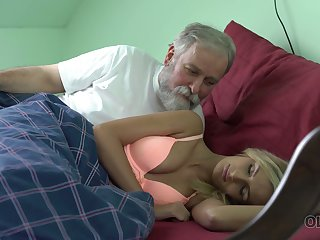 Old dude licks and fucks pussy of charming kept woman Jenny Soreness