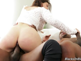 Chubby booty doll handles two BBCs in impossible threesome