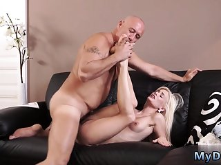 Brunette dominates blonde Horny light-haired wants to take a crack at