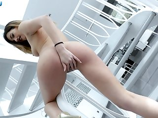 Sexy cock supporter Penelope Cum proffers the best POV blowjob