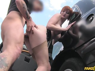 Sluttish redhead Zara Durose makes an unexpected connection with a cabbie