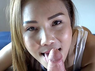 Bathingsuit Blowjob Special - TukTukPatrol
