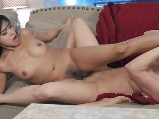Young Asian Ember Snow scissors with a horny lesbian cougar